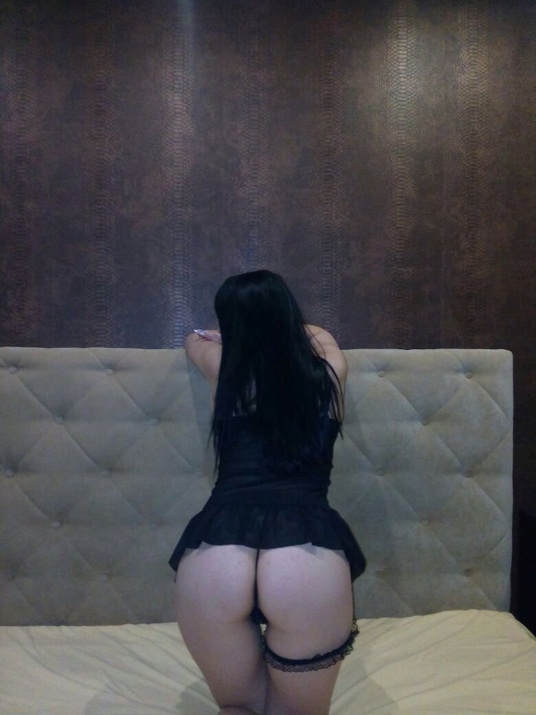 проститутки шлюх махачкала гостиница ленинград